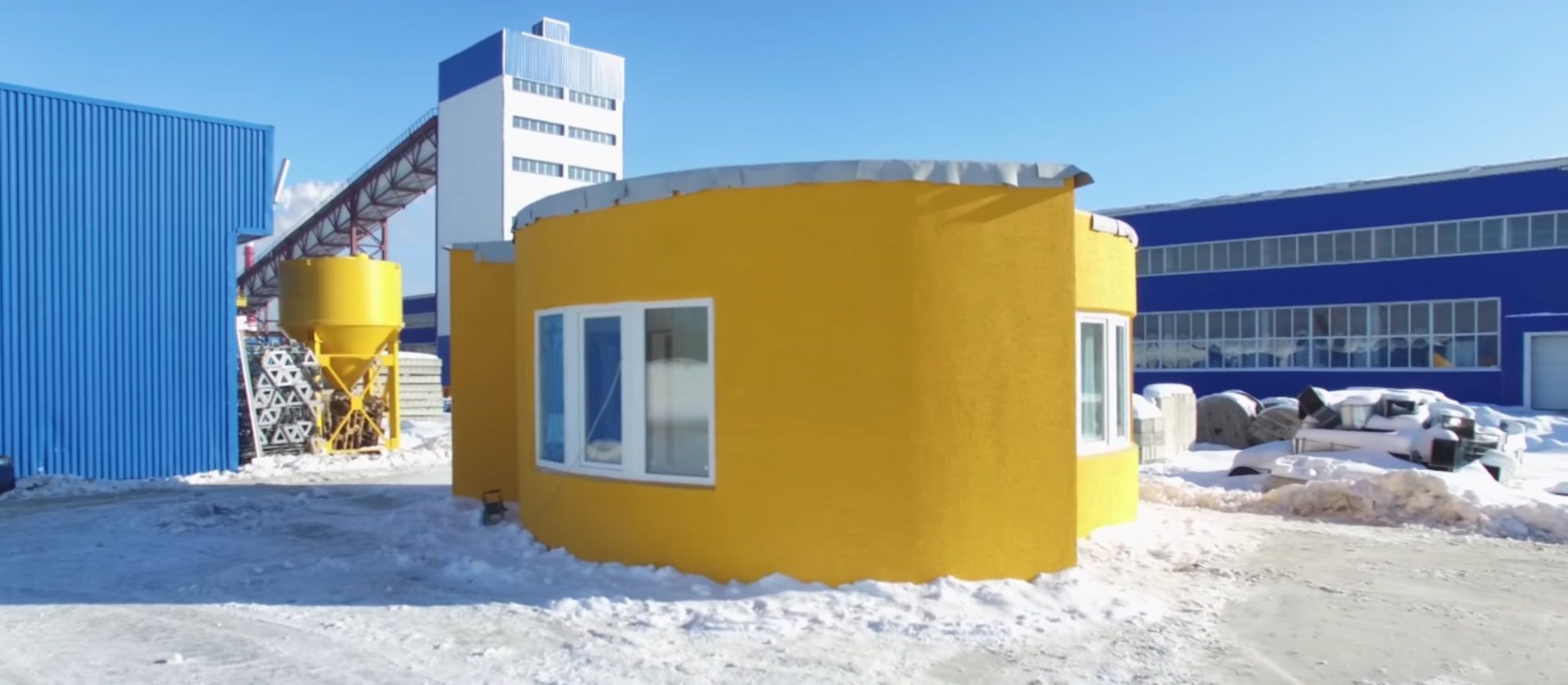 3D Printed A Full Size House Within a Day