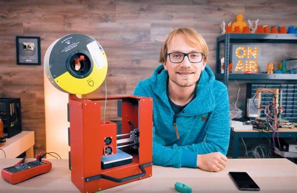 thomas-sanladerer-makes-a-printrbot-play-3d-printer-portable-1 (1)
