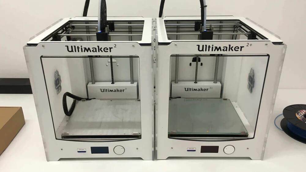 Ultimaker 2 vs Ultimaker 2 Plus (1)