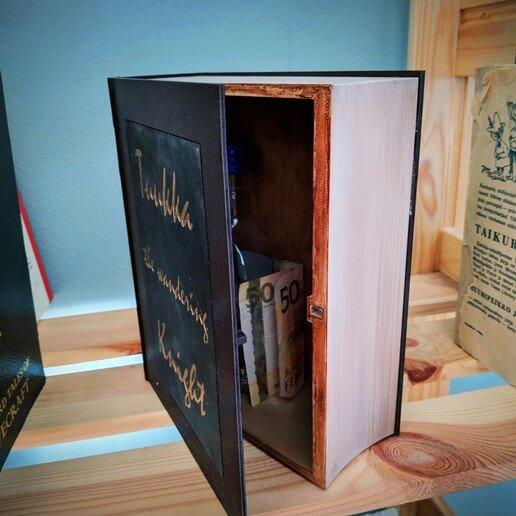 Book Hide 3d printed