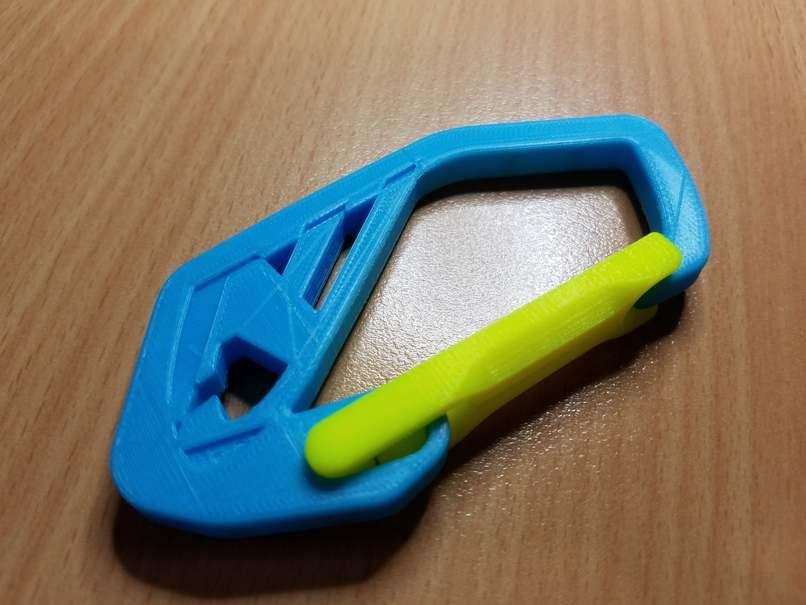 Strong Flex Door Carabiner from DDF3D