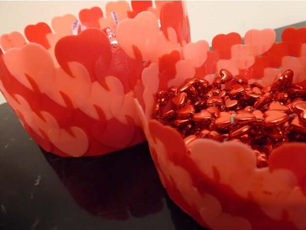 Endless Hearts Valentine Vessels by filypretzel