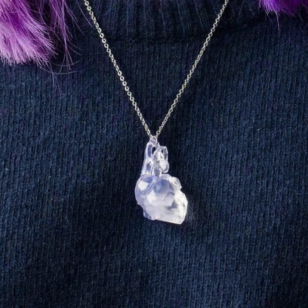 Low Poly Heart Necklace by Vectary